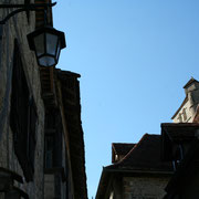 ombre et lumière dans le village