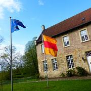 Seit 1974 sind mit Chorherren der Abtei Hamborn in Duisburg wieder Prämonstratenser als Pfarrer auf Cappenberg tätig.