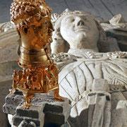 Die Cappenberger sind mit dem Kaisergeschlecht der Staufer verschwägert, was u. a. das Taufpatenverhältnis von Gottfrieds jüngerem Bruder Otto zum nachmaligen Kaiser Friedrich Barbarossa erklärt.