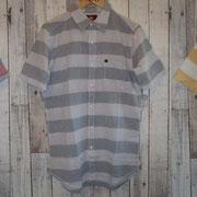 ボーダーが爽やかなシャツ 7,350yen