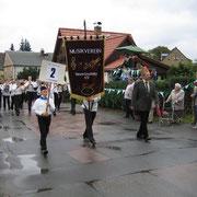 """wir marschieren als """"Pionierorchester"""" zum Festumzug"""