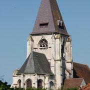 La collégiale de Picquigny côté est.