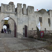 Porte de la barbacane (façade sud)
