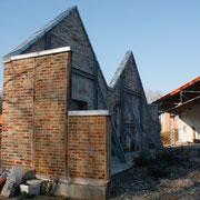une façade de l'ancienne usine consolidée restera là pour le décor !...