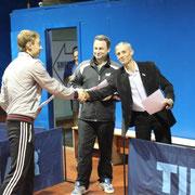 Награждение Емельянова Андрея занявшего 3 место в Категории рейтинг 40 и выше
