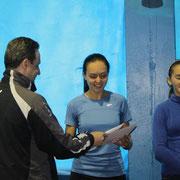 Награждение Куценко Анны, занявшей 2 место среди девушек