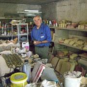 Jean-Marie Provost. Artisan en produits de décoration en pierres reconstituées.