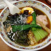 わかめ麺。全メニュー「中国宮廷麺」であり、いわゆるラーメンとは異なる。すべてがヘルシー。