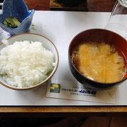 ご飯 味噌汁 漬物