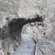 Val Uina V1
