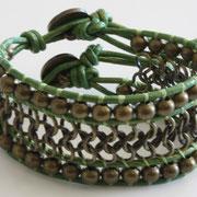 Manchette Chaine Bronze Cuir Vert métal doré 60€