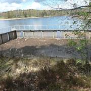 Ancienne piscine de l'étang de Miel