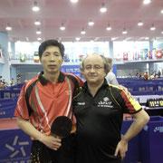 Rainer vs. Trainer an einer Tischtennisschule in Peking