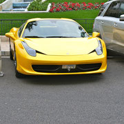 Ferrari 458 in gelb