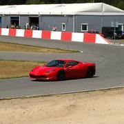 Rennwagen Ferrari selber fahren