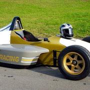 Formel Rennwagen selber fahren nahe der Schweiz