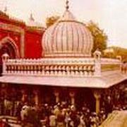Mehbub Pak Dargah Basti Hazrat Nizammuddin