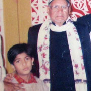 Syed Idrismia Maharaj with his grandson Salman Chishty