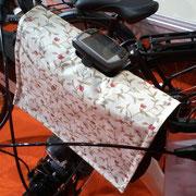 feewerk, Fahrradtaschen, Lenkertaschen, Fahrrad, Hollandrad, E-Bike Lenkertaschen, E-Bike, Blumen