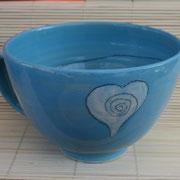 """Rückseite große Milchkaffeetasse """"Herzchen""""(türkis): Artikel-Nr. 1137/ 22,- €"""