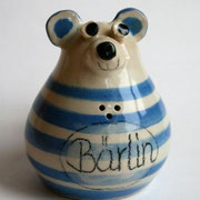 "Salzstreuer ""Bärlin"" speziell für Berlin-Fans/ Farbe: blau/ Bestell-Nr. 2405/Preis 14,- €"