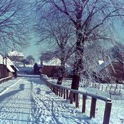 Ins Dorf,  Garbek  zwischen 1936 und 1944