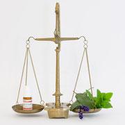 Homöopathie, Pflanzenheilkunde und weitere Therapien ergänzend zur modernen Medizin - Heilpraktikerin und Apothekerin F. Brüssau