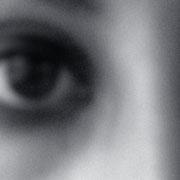 En tus ojos se retuerce la muerte