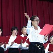 中国語会話同好会の合唱