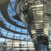 intérieur de la coupole du Reichstag