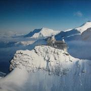 Jungfraujoch restruant and viewing platform at 3'454 m/11'333 ft
