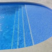 escalier carrelage piscine