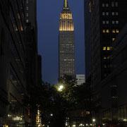 Das Empire State Building, von unserem Feierabendbier aus gesehen.