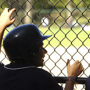 Wenn der Jubel der Baseballspieler verhallt, kann man leise das Echo des Konzertes von Art Garfunkel und Paul Simon hören.