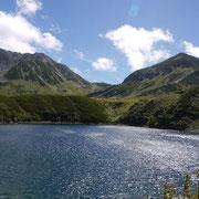 2012年9月_ミクリガ池から立山2