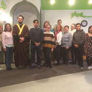 Gruppe von internationalen Sprachstudenten: Moscheeführung und Diskussion: Thema: Verstehens-Ebenen im Islam 11/19