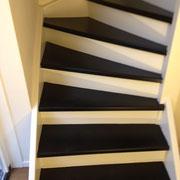 trap afgelakt in 2 kleuren.  woning Alphen a/d Rijn.