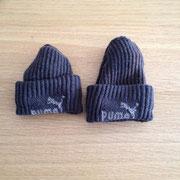 € 0,75 voor de twee PUMA mustjes gemaakt van sokken