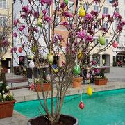 Osterdeko in der Altstadt