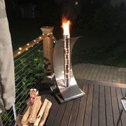 Das erste Feuersegel brennt und wärmt in Amerika (Boston, USA)
