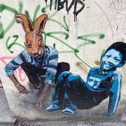 Bild: Kind und Hase