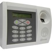 Контроллер с панелью управления,совмещенный с о считывателями пальца и карты