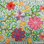 Camino de mesa en telar y bordado a mano Ayacucho Perú