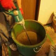 コンクリートを練り練りします。念願の撹拌機を購入しました。手作業の辛い日々とはサヨナラ!