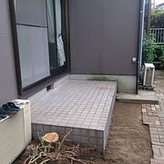 Befor。お庭のこの部分にリビングを増築します。