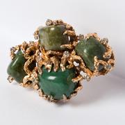 П-946. эксклюзивная винтажная брошь от компании VOGUE. Камни натурального малахита, оправа из литого сплава под золото, прозрачные камни горного хрусталя. Очень красивое и богатое украшение