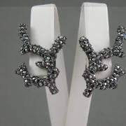 """П-1444. Серьги-клипсы """"Кораллы"""" от культового американского дизайнера Kenneth Jay Lane. Ювелирный сплав с родием, кристаллы Сваровски с зеркальным эффектом."""