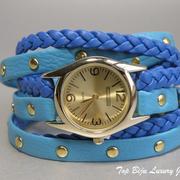 П-1106. Стильные часы на интересном браслете из ремешков. Кварцевых механизм, оправа часов из нержавеющей стали с позолотой, фабричная гарантия 3 года.ПОВТОР ПОД ЗАКАЗ