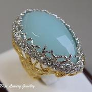 П-1195. Коктейльное кольцо от вcемирно известного ювелира Алекса Биттара. Позолота 24К, люцит, камни Swarovski. Полностью ручная работа, клеймо дизайнера.