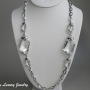 """П-1226. Колье """"Осколки льда"""" с хрустальными камнями от американского дизайнера Kenneth Jay Lane,первая линия,лимитированная коллекция. Ювелирный сплав с родием. Длина 76см."""